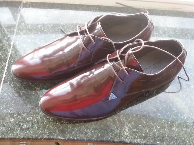 皮鞋属于什么垃圾