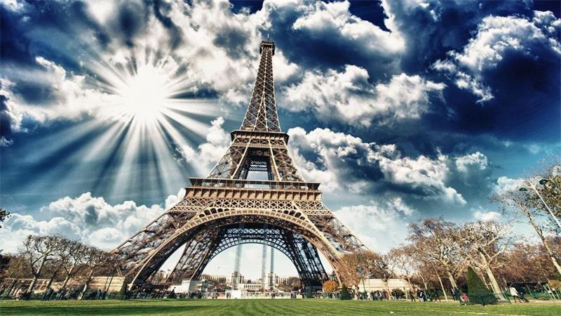 艾菲尔上的铁塔梦是什么意思